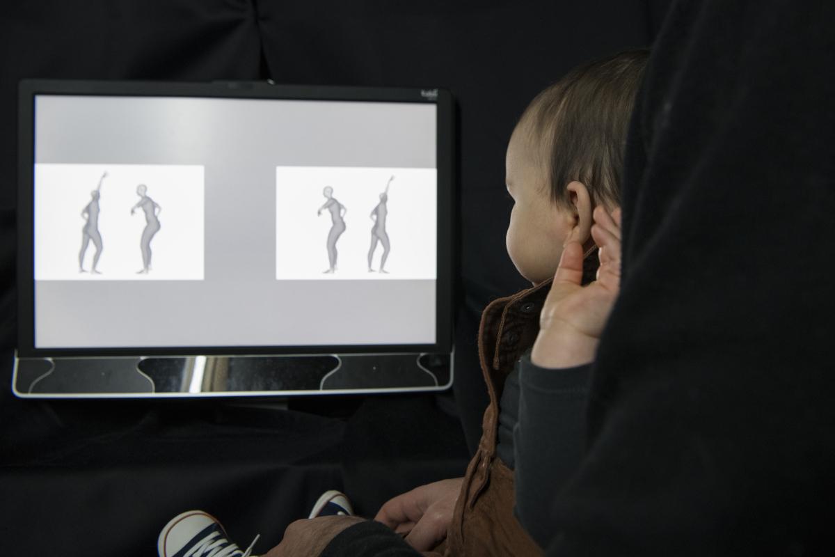 Neurosciences : A quoi pensent les bébés : entrez au baby-lab